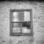 Ein altes Fenster, welches wohl nie mehr erneuert wird.